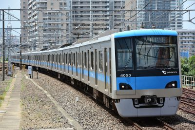 odakyu_4000_joban_local_train